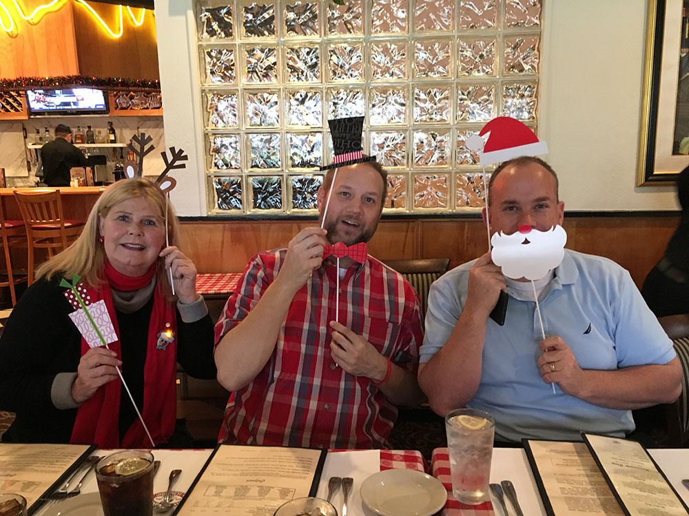 Edgesales_events_holiday2016_6207